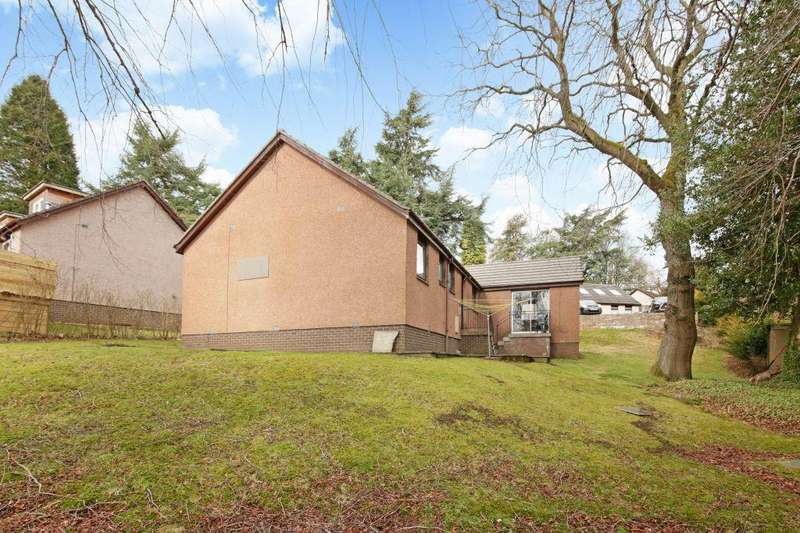 4 Bedrooms Detached Bungalow for sale in 2 Valley Field View, Penicuik, EH26 8NA