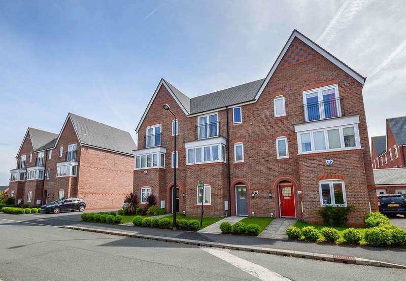 4 Bedrooms Town House for sale in Watermint Way, West Timperley