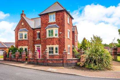 6 Bedrooms Detached House for sale in Ladybank Avenue, Fulwood, Preston, Lancashire, PR2