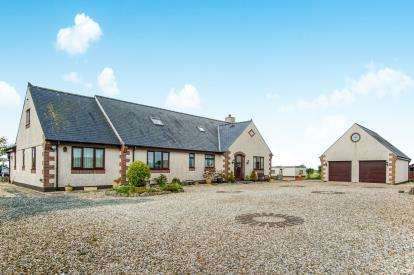 5 Bedrooms Detached House for sale in Dothan, Ty Croes, Anglesey, LL63