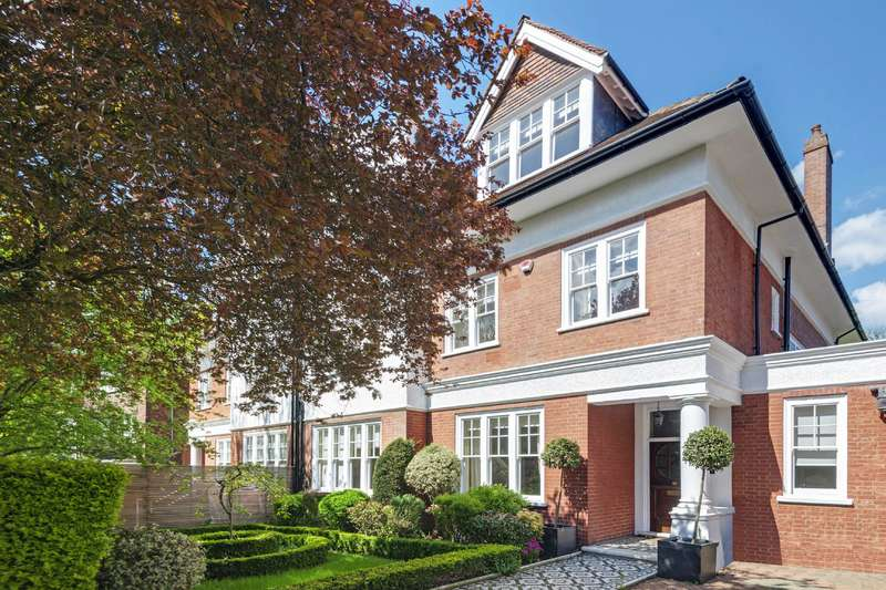 7 Bedrooms House for sale in Heath Drive, Hampstead