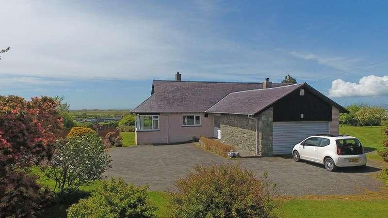 3 Bedrooms Detached Bungalow for sale in Dyffryn Ardudwy, Gwynedd, LL44