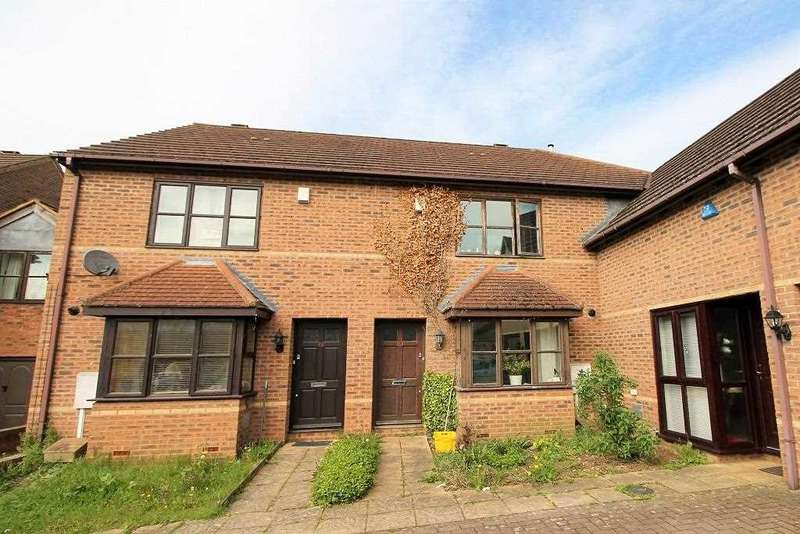 3 Bedrooms Mews House for sale in Catesby Croft, Milton Keynes