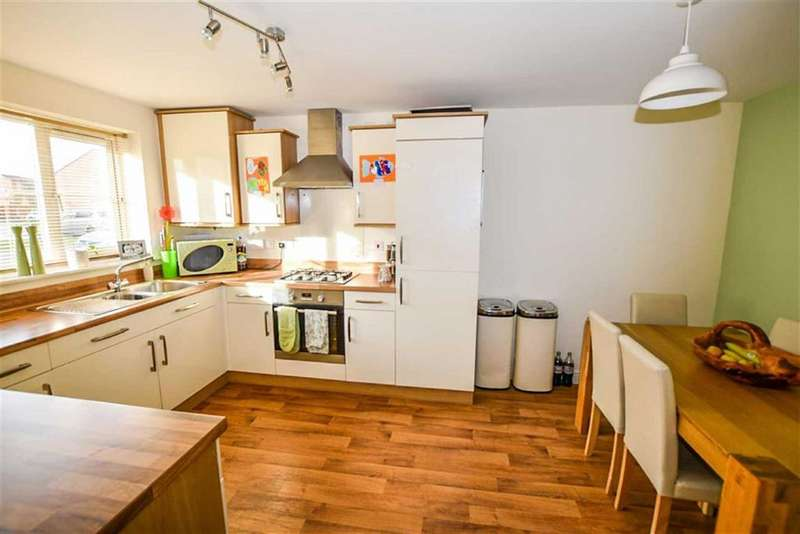 4 Bedrooms Property for sale in Hyde Park Road, Hull