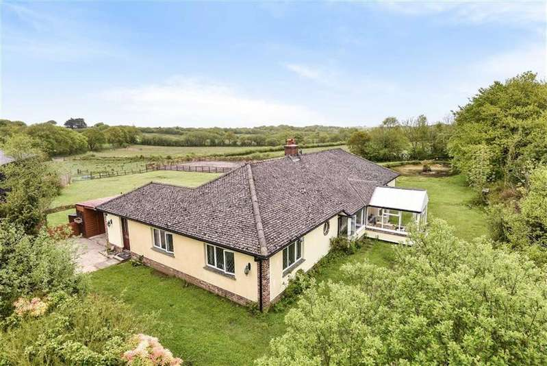 4 Bedrooms Bungalow for sale in Brandis Corner, Holsworthy, Devon, EX22
