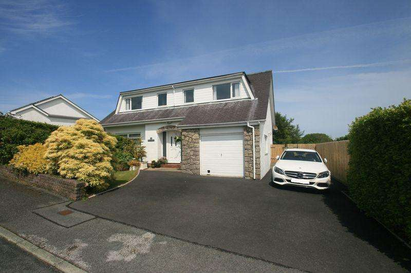 4 Bedrooms Detached House for sale in Tregarth, Gwynedd