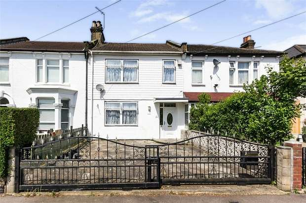 3 Bedrooms Terraced House for sale in Durham Road, London