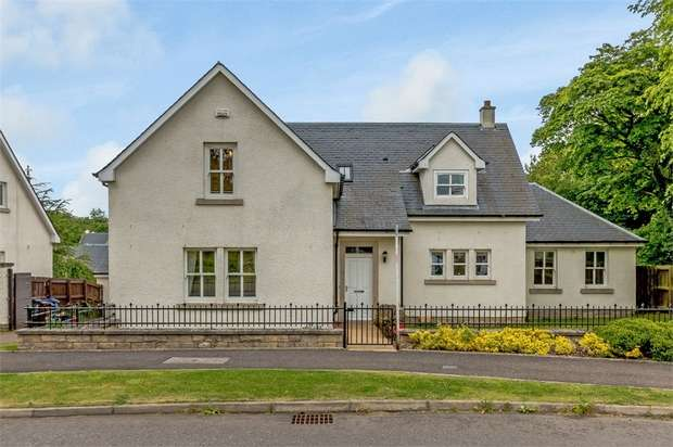 5 Bedrooms Detached House for sale in Robert Smith Place, Dalkeith, Midlothian