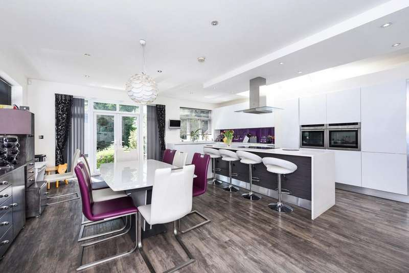 4 Bedrooms Detached House for sale in Hillside Grove, Mill Hill