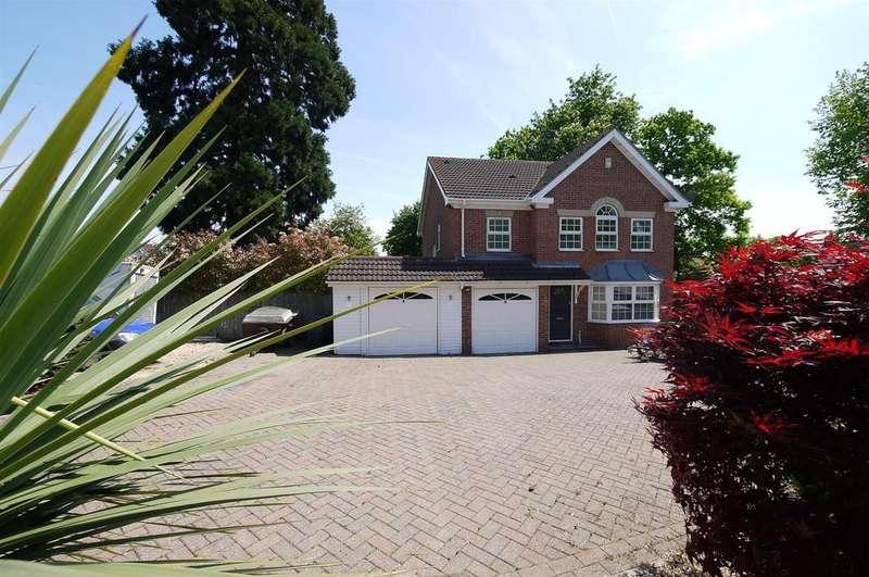 4 Bedrooms House for sale in Caldecot Avenue, Goffs Oak