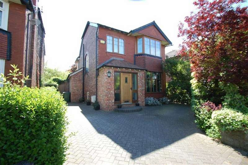 4 Bedrooms Detached House for sale in Earle Road, Bramhall, Cheshire