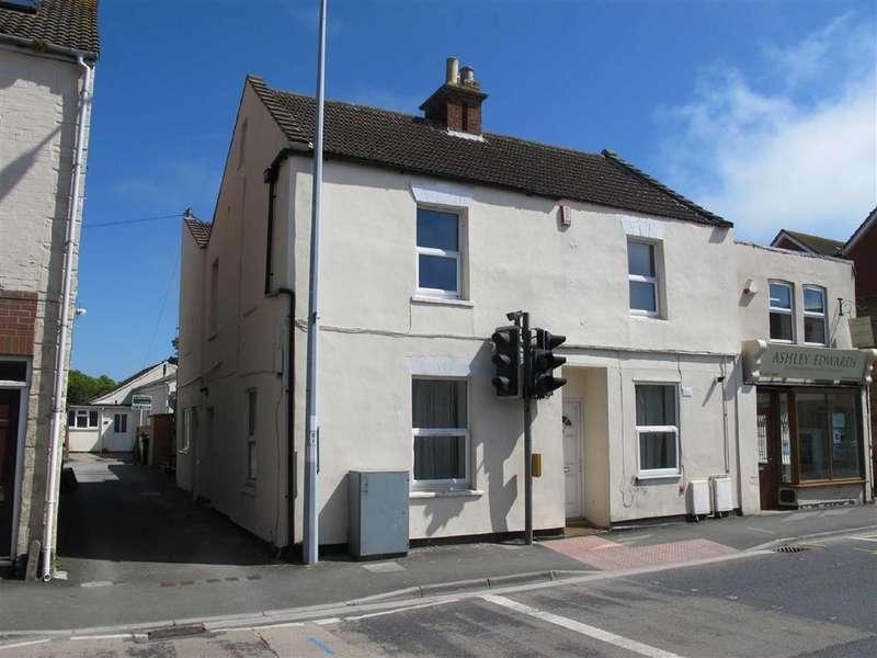 2 Bedrooms Flat for rent in Church Street, Highbridge