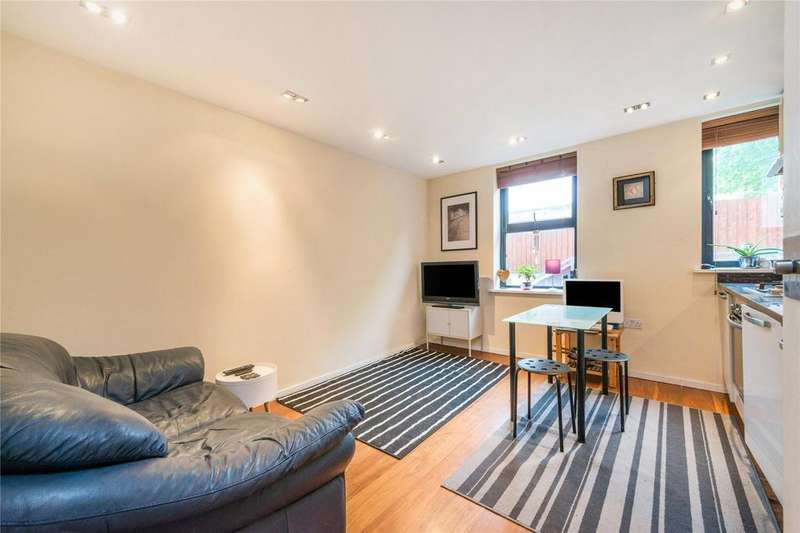 2 Bedrooms Flat for sale in Burder Road, Islington, London