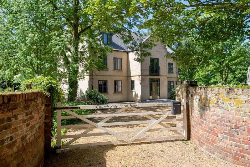 5 Bedrooms Detached House for sale in Church Lane, Newton