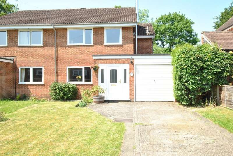 4 Bedrooms Semi Detached House for sale in Emmer Green