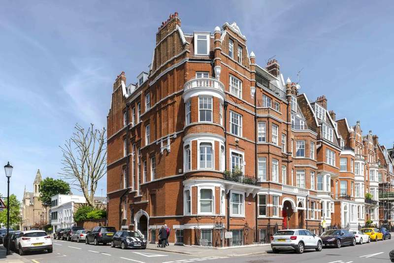3 Bedrooms Ground Flat for sale in Cheyne Place, London. SW3