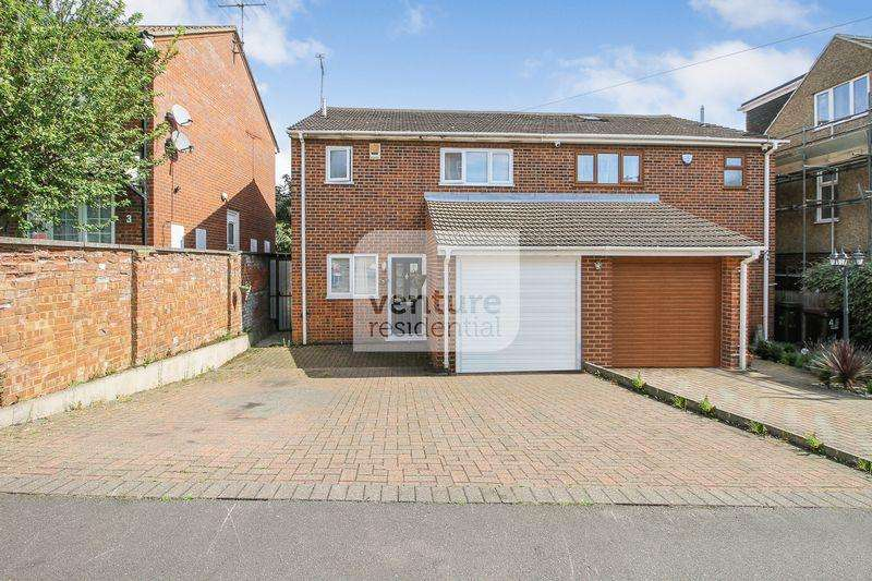 3 Bedrooms Semi Detached House for sale in Mount Pleasant Road, Luton