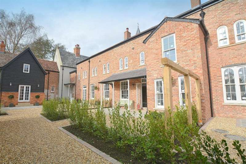 4 Bedrooms Terraced House for sale in Stapehill Abbey, Wimborne