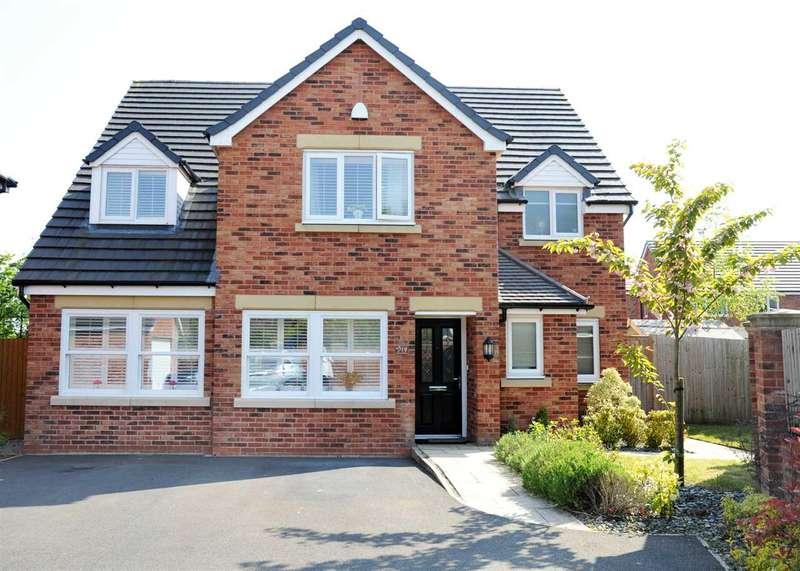 5 Bedrooms Detached House for sale in 19 Murray Avenue, Leyland, Preston PR26 6PY