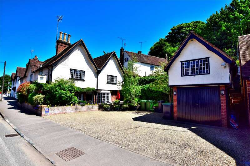6 Bedrooms Detached House for sale in Stansted
