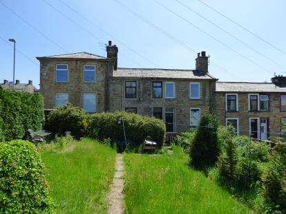 2 Bedrooms Terraced House for sale in Fox Street, Lowerhouse, Burnley, Lancashire