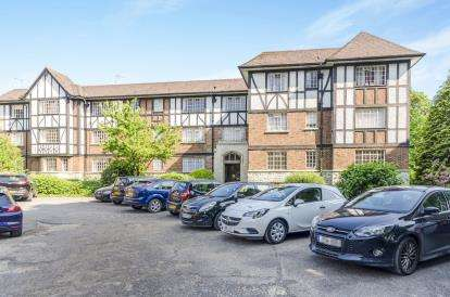 2 Bedrooms Flat for sale in Millbrook Road East, Southampton, Hampshire