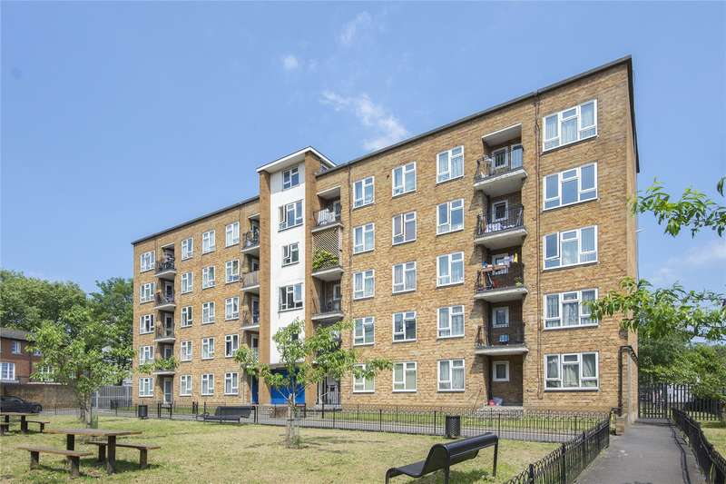 2 Bedrooms Flat for sale in Norfolk House, Cecilia Road, London, E8