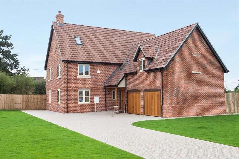 5 Bedrooms Detached House for sale in Plot 7 Poppy Fields, Burlingham Road, East Harling, Norwich, NR16