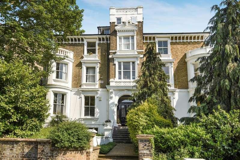 1 Bedroom Flat for sale in Eliot Hill London SE13