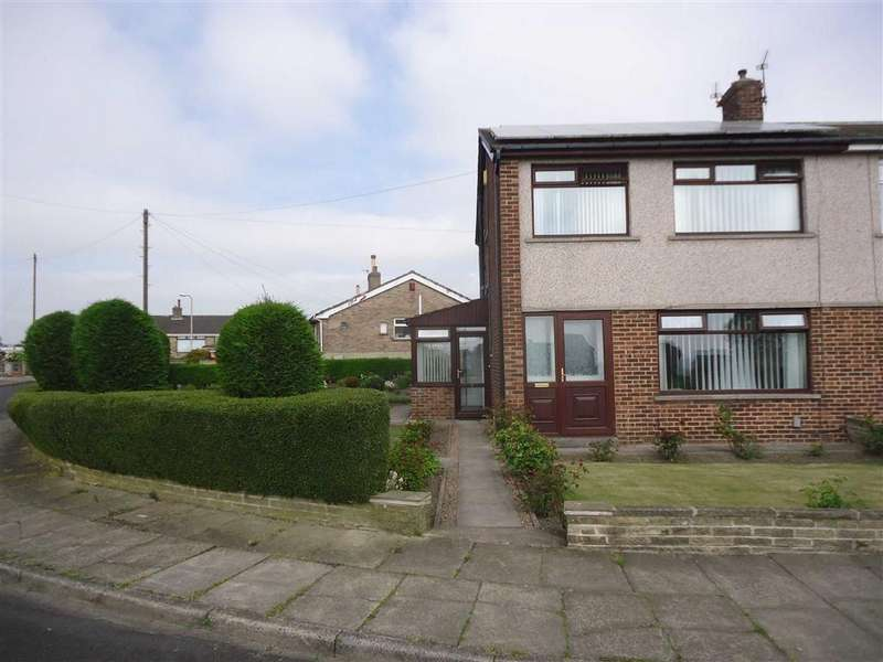 3 Bedrooms Semi Detached House for sale in St Abbs Walk, Bradford, West Yorkshire, BD6