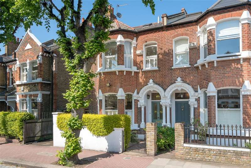 5 Bedrooms Semi Detached House for sale in Barmouth Road, Wandsworth, London, SW18