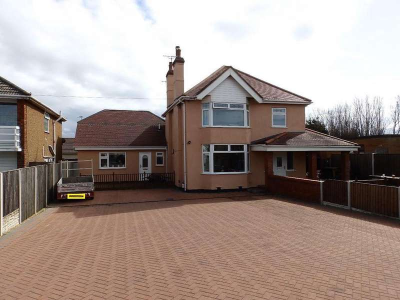 3 Bedrooms Detached House for sale in Foryd Road, Kinmel Bay