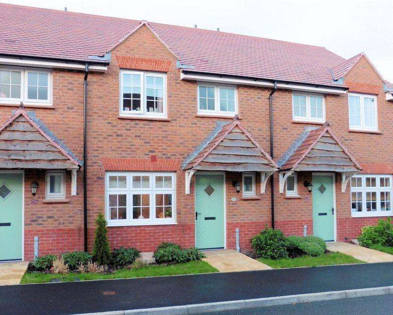 3 Bedrooms Terraced House for rent in Meadow Rise, Newton Abbot