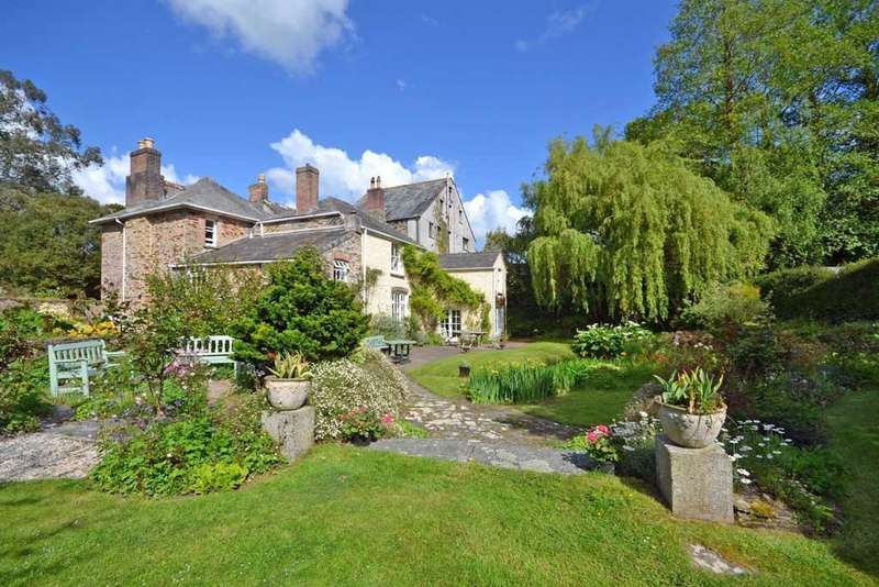 6 Bedrooms House for sale in Nr. St Issey, Between Wadebridge and Padstow, North Cornwall, PL27