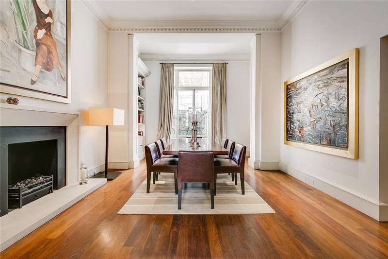 2 Bedrooms Maisonette Flat for sale in Eaton Place, London
