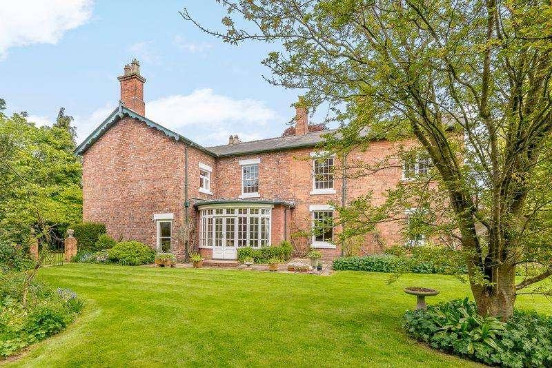 6 Bedrooms Detached House for sale in Bunbury Heath, Bunbury