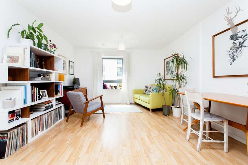 1 Bedroom Apartment Flat for sale in Robert Milligan House, Cardigan Road, Bow, E3