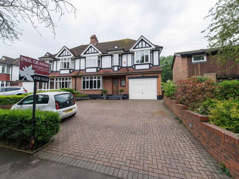 5 Bedrooms Semi Detached House for sale in Foresters Drive, Wallington