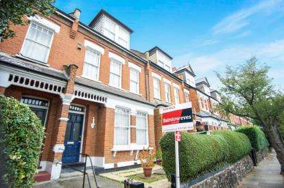 3 Bedrooms Maisonette Flat for sale in Heathville Road, London