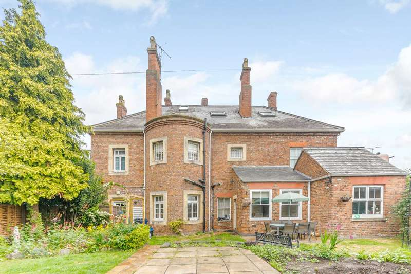 6 Bedrooms House for sale in Bredon Road, Tewkesbury