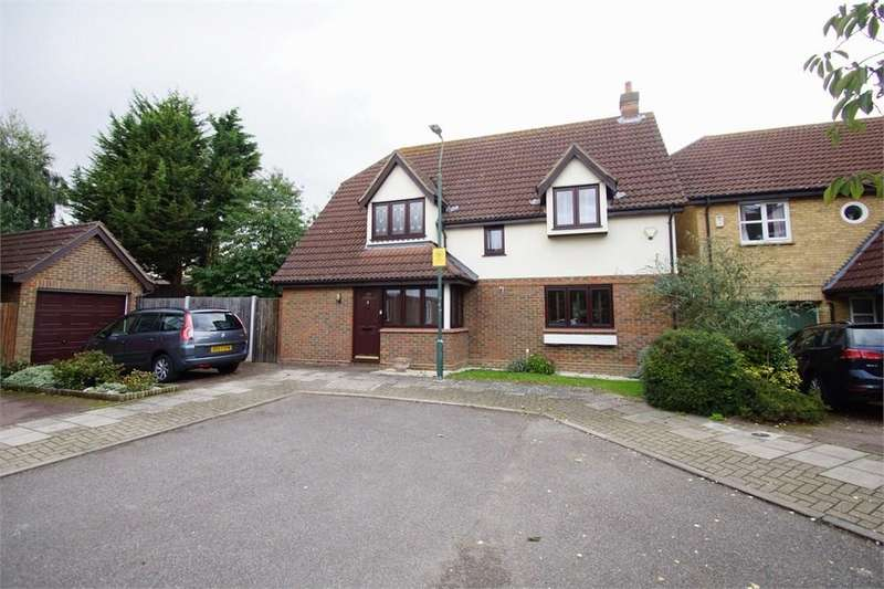 4 Bedrooms Detached House for sale in Elder Close, Sidcup, DA15