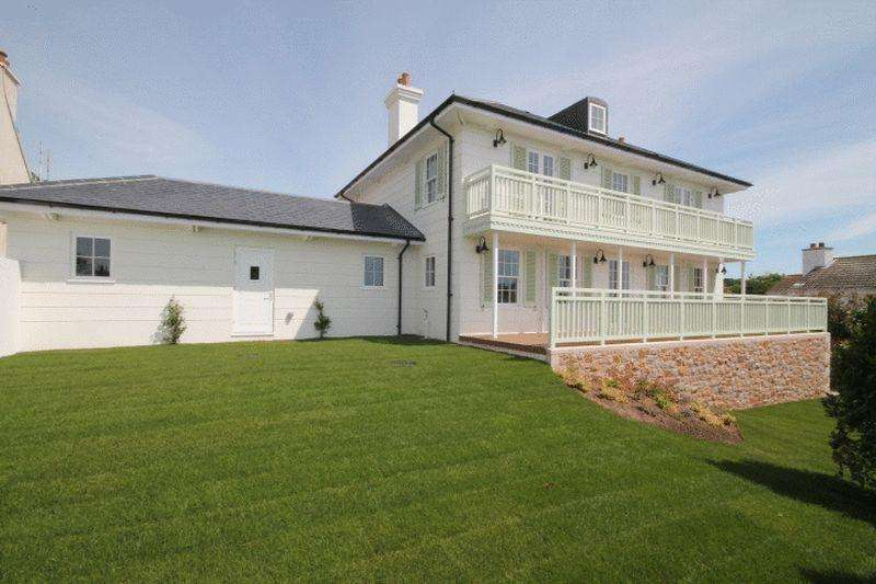 5 Bedrooms House for sale in Georgian Style Family Residence
