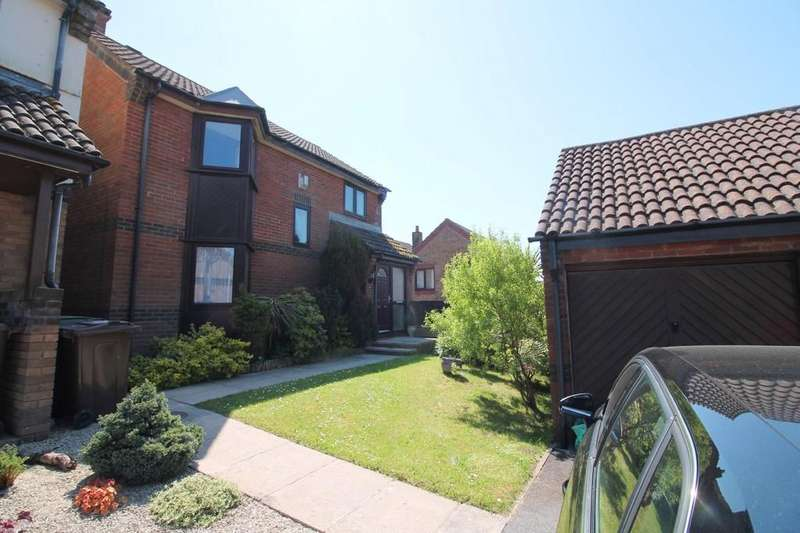 3 Bedrooms Detached House for sale in Gilbert Court, Plympton