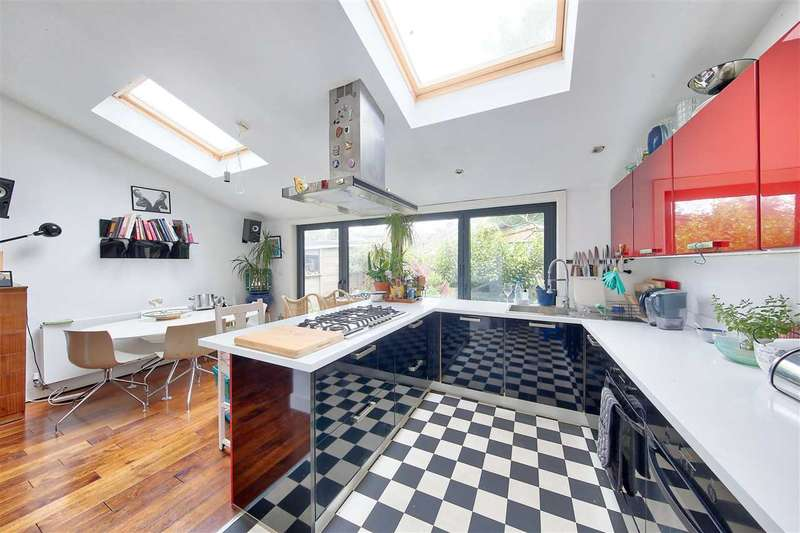 4 Bedrooms Terraced House for sale in Endymion Road, Brixton
