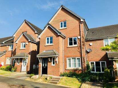 4 Bedrooms Semi Detached House for sale in Saville Rise, Winsford, Cheshire