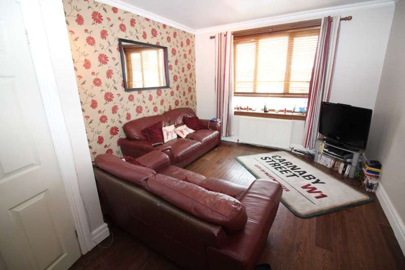 2 Bedrooms Flat for sale in Lochside Road, Ayr