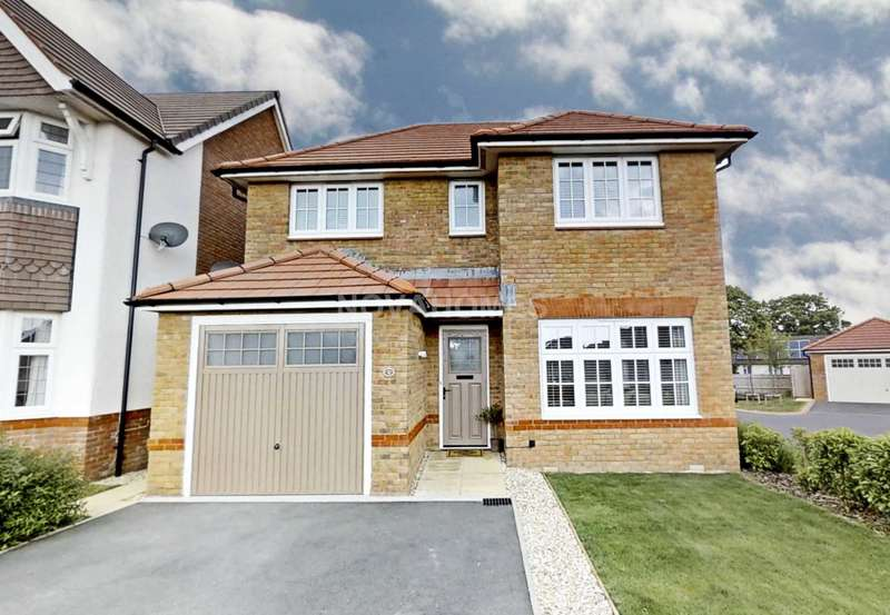 4 Bedrooms Detached House for sale in Twickenham Street, Beacon Park, PL2 3FA