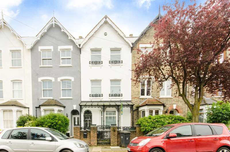 4 Bedrooms House for sale in Holly Park Road, Friern Barnet, N11