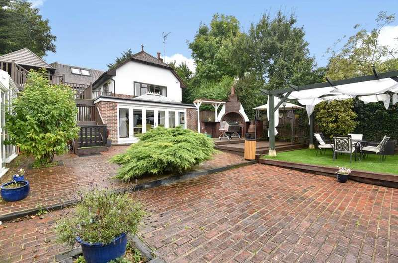 4 Bedrooms Detached House for sale in Church Road, Hartley, Longfield, Kent, DA3