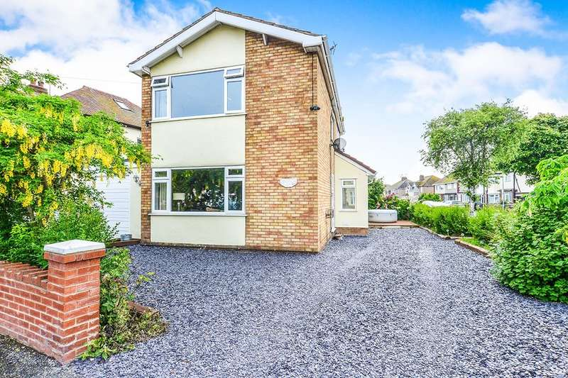 3 Bedrooms Detached House for sale in Lynton Walk, Rhyl, LL18